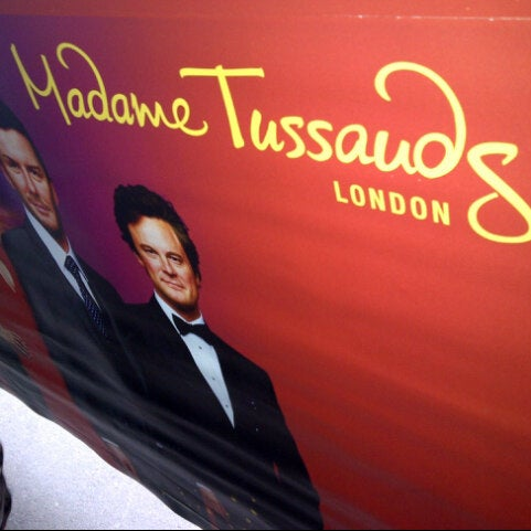 Photo taken at Madame Tussauds by Rhea on 1/2/2013