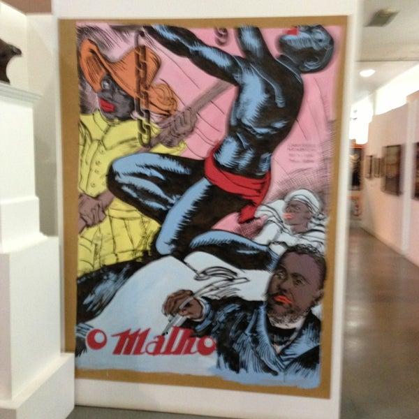 Foto tirada no(a) Museu Afrobrasil por Brian G. em 3/12/2013