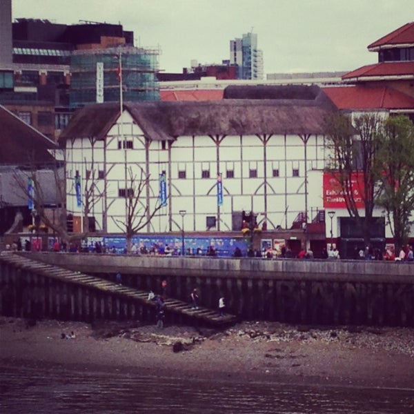 Photo taken at Shakespeare's Globe Theatre by Ellie R. on 5/5/2013