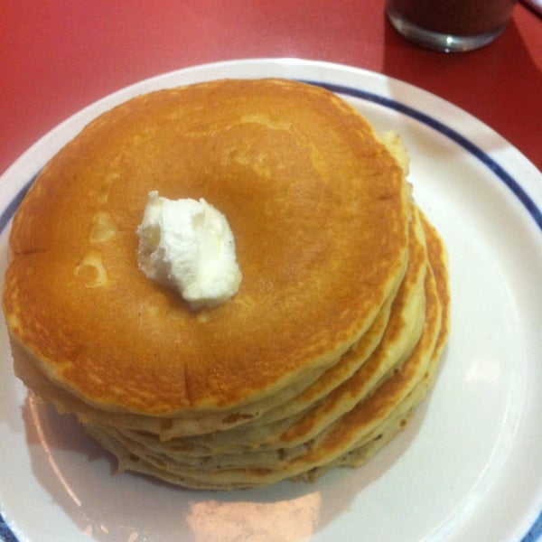 Photo taken at IHOP by Jose D. on 1/6/2013