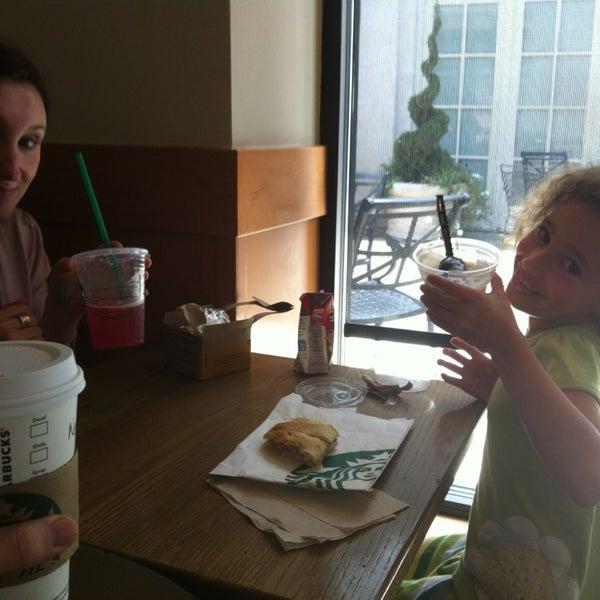 Photo taken at Starbucks by Nicolas G. on 6/6/2013