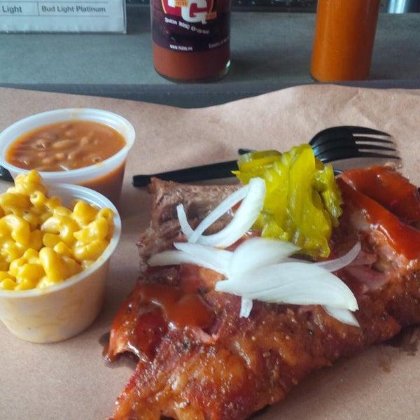 Foto tomada en Pinche Gringo BBQ Patio por Arturo P. el 6/3/2015
