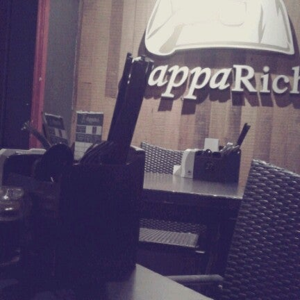 Photo taken at PappaRich by .. .. on 6/18/2012
