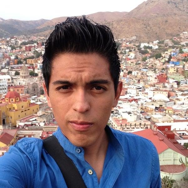 Foto tomada en El Mesón de los Poetas por Gael T. el 4/28/2013