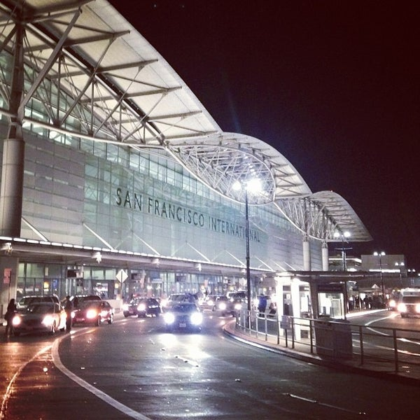 Photo taken at San Francisco International Airport (SFO) by Doe D. on 11/25/2013