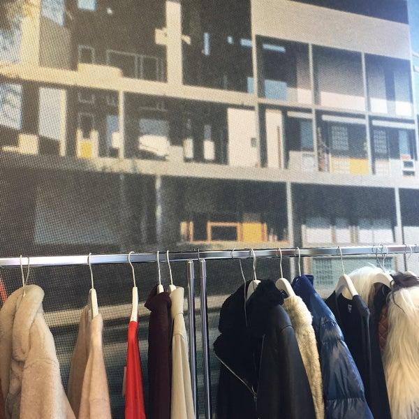 acne studios mitte berlin berlin. Black Bedroom Furniture Sets. Home Design Ideas