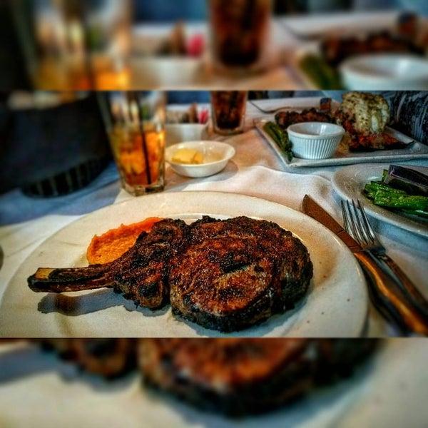 Photo taken at Al Biernat's Prime Steak & Seafood by Kurt von Schleicher w. on 7/15/2016