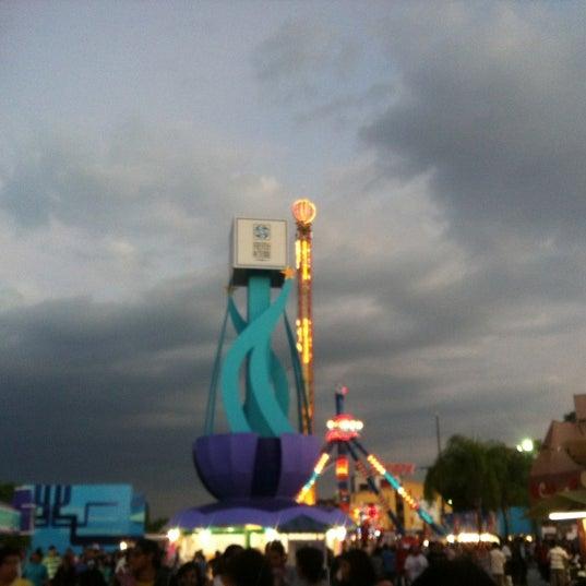 Foto tomada en Fiestas de Octubre por ALX A. el 10/17/2012