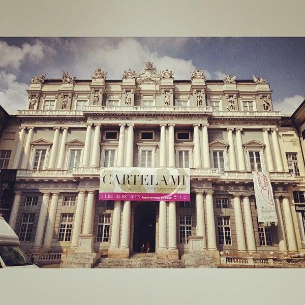 Foto scattata a Palazzo Ducale da Igor K. il 7/12/2013