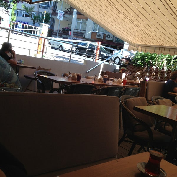 5/27/2013 tarihinde Burcuu S.. .ziyaretçi tarafından Dodo Cafe & Pub'de çekilen fotoğraf