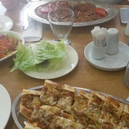 3/28/2016 tarihinde Filiz S.ziyaretçi tarafından Güney Kebap'de çekilen fotoğraf