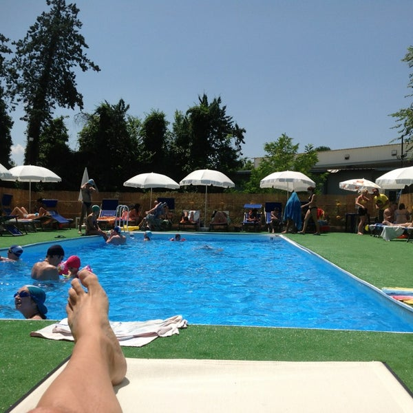Summer village egeria piscina in roma - Seven hills village roma piscina ...