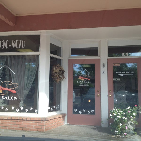 Paws salon downtown scottsdale 6830 e 5th ave ste 102 for 4 paws pet salon