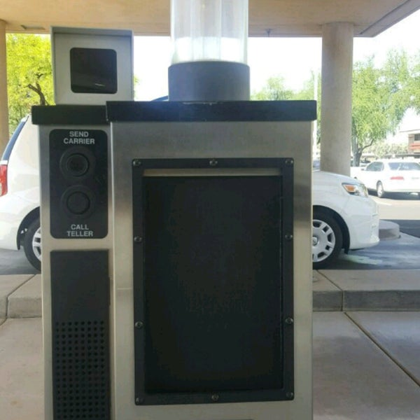 Photo taken at Desert Schools Federal Credit Union by Kelli D. on 4/14/2017
