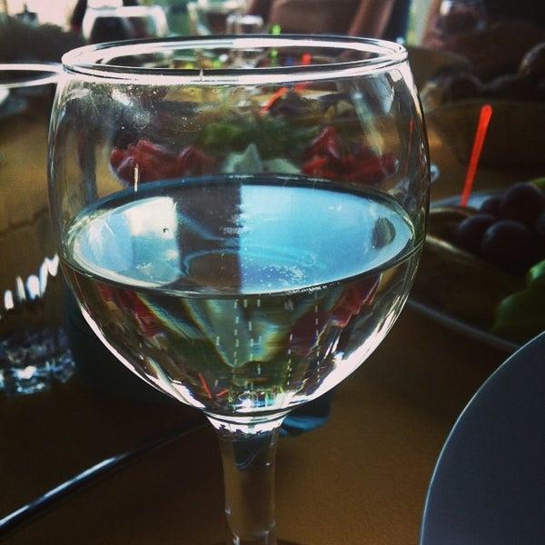Снимок сделан в Ресторан Лагуна пользователем Grey C. 7/4/2014