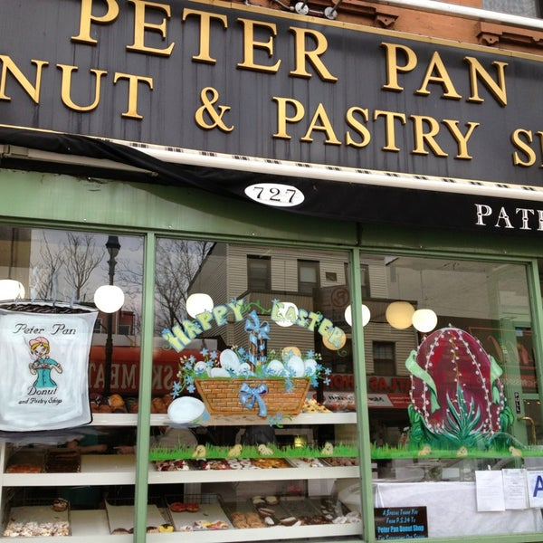 Photo taken at Peter Pan Donut & Pastry Shop by Dillon I H. on 3/22/2013