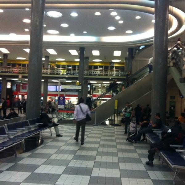 Снимок сделан в Международный аэропорт Конгоньяс/Сан-Паулу (CGH) пользователем Vivianne V. 9/19/2013