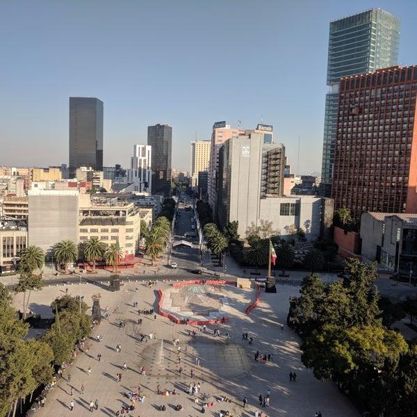 Das Foto wurde bei Mirador Monumento a la Revolución Mexicana von Eugene K. am 12/11/2017 aufgenommen