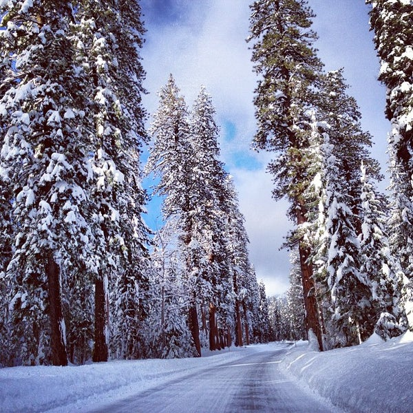 Photo taken at Crater Lake National Park by Ron K. on 12/30/2012
