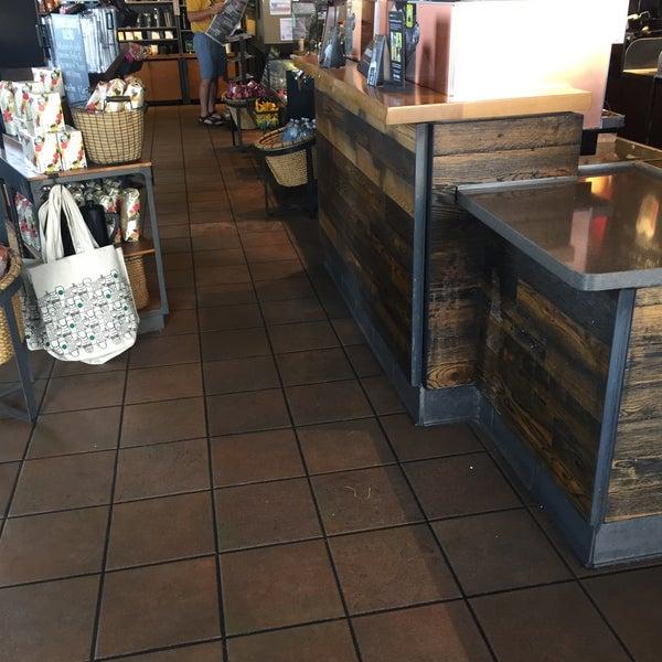 Photo taken at Starbucks by Ali S. on 11/4/2017