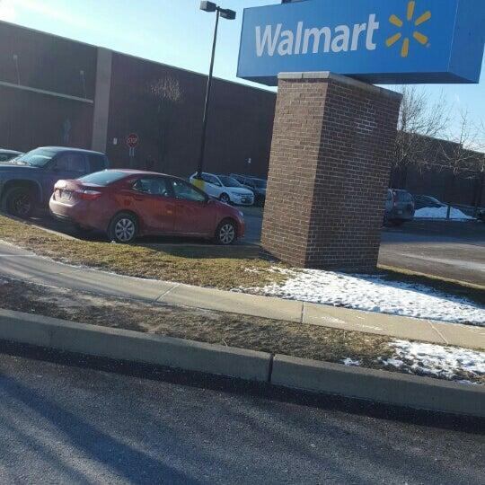 Снимок сделан в Walmart Supercenter пользователем Eni O. 2/13/2016