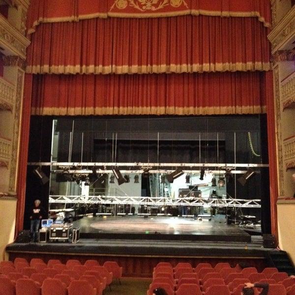 Das Foto wurde bei Teatro Metastasio von Beatrice G. am 3/27/2015 aufgenommen