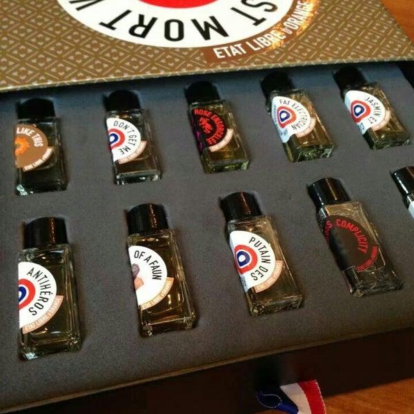 7/29/2014에 Celina K.님이 Experimental Coffee Bar by SAANG에서 찍은 사진