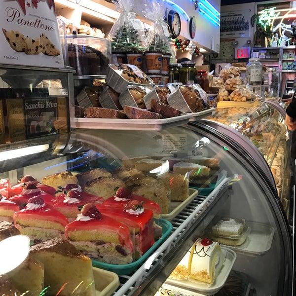 Foto tomada en La Nueva Bakery por John T. el 12/10/2016