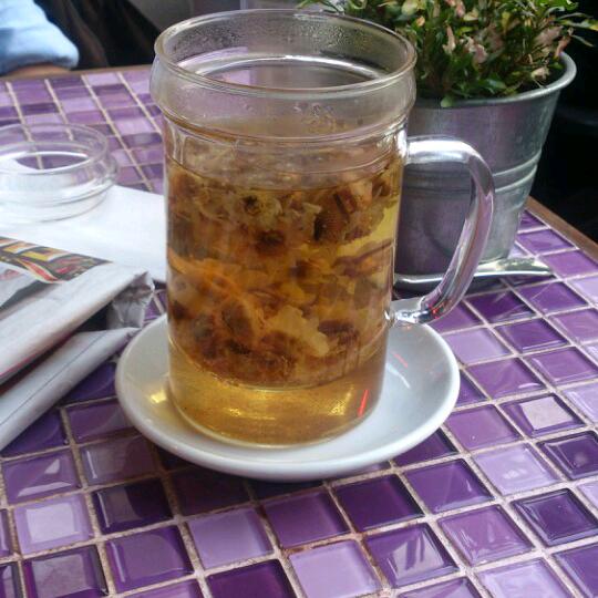 Gel iç bi papatya çayı.