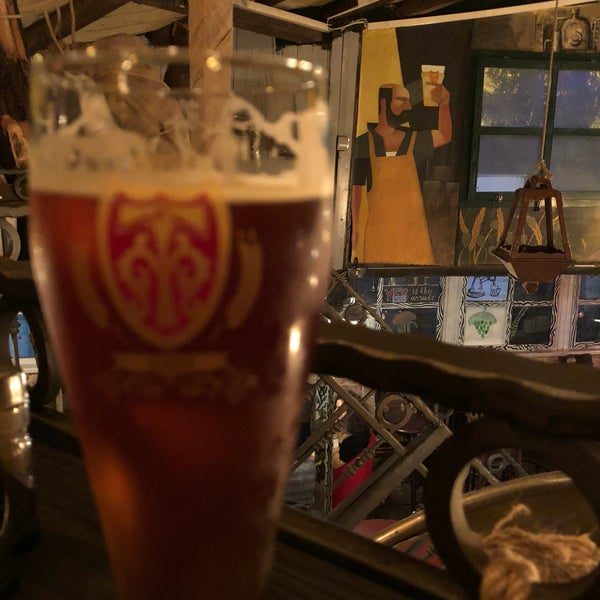 Photo taken at Old Town Brewery by Burak Can G. on 3/4/2018