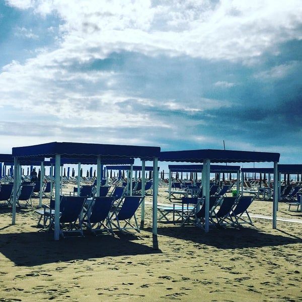 Bagno mizar marina di pietrasanta toscana - Bagno italia marina di pietrasanta ...