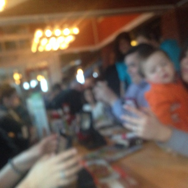 Photo taken at Chili's Grill & Bar by Josh D. on 4/6/2014
