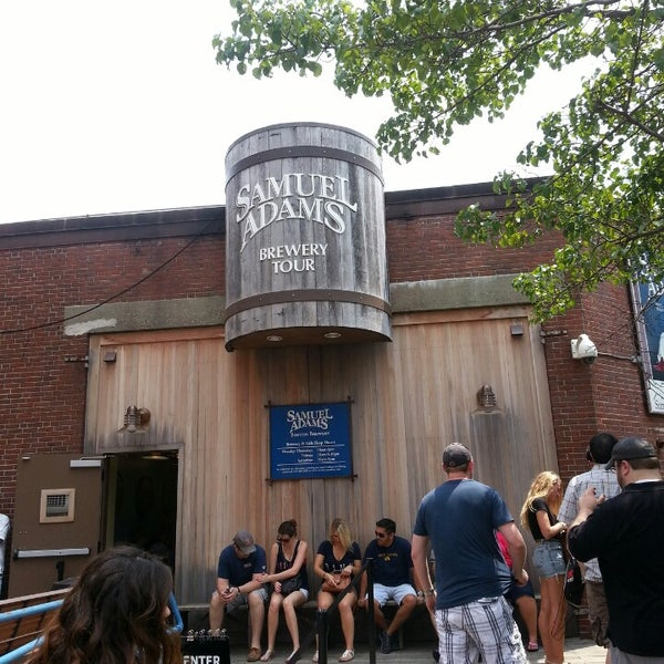 Photo taken at Samuel Adams Brewery by Cindy C. on 7/20/2013