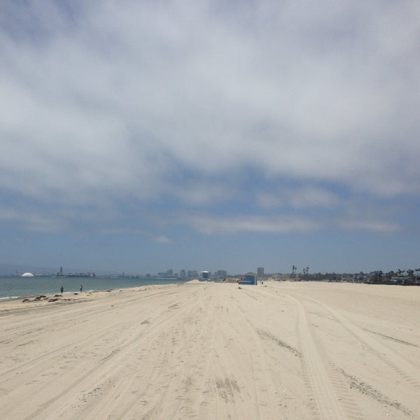 Photo taken at The Peninsula by Marco Z. on 5/29/2013