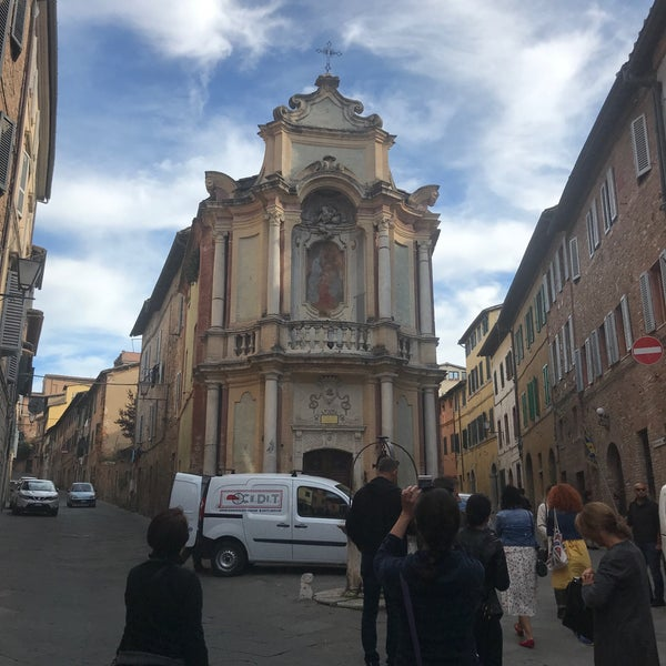 Photo taken at Siena by Özgen E. on 10/17/2017