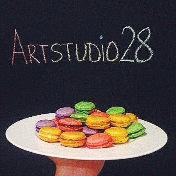 Снимок сделан в ArtStudio28 пользователем Vitalii Z. 2/26/2014