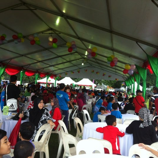 Photo taken at Lembaga Getah Malaysia by Mohd I. on 11/24/2012