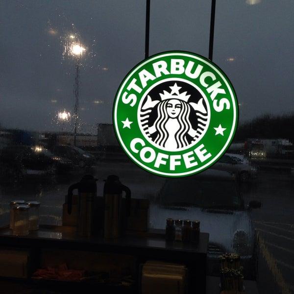 Photo taken at Starbucks by Rob B. on 1/28/2014
