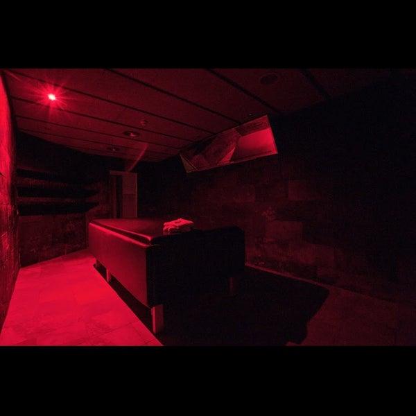sauna barcelona bar gay en sant gervasi galvany. Black Bedroom Furniture Sets. Home Design Ideas