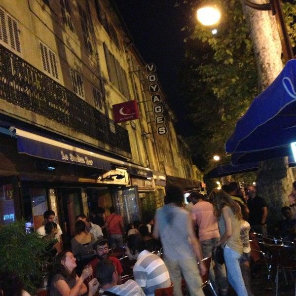 Le sextius bar tanneurs 13 cours sextius for Chaise de bar orange aixen provence