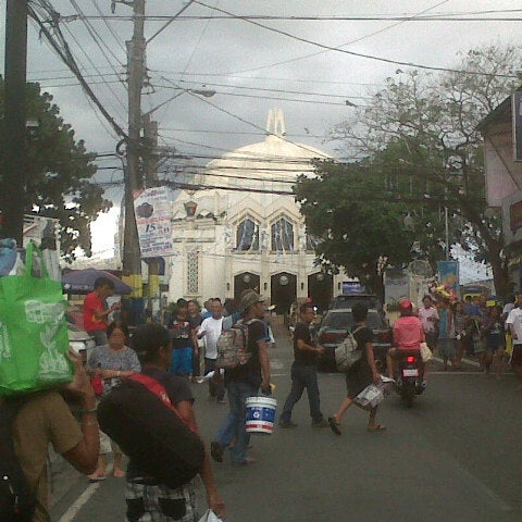 Photo taken at National Shrine of Our Lady of Peace and Good Voyage (Antipolo Cathedral) by Rey Aurum J. on 12/29/2012