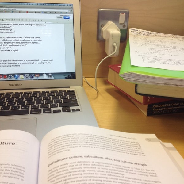 Photo taken at University of Warwick Library by Phing T. on 11/8/2013