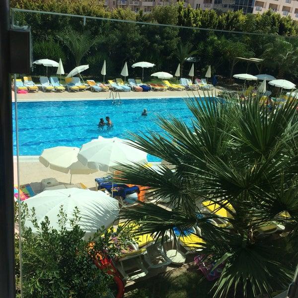 9/11/2016 tarihinde Enes N.ziyaretçi tarafından Primasol Telatiye Resort'de çekilen fotoğraf