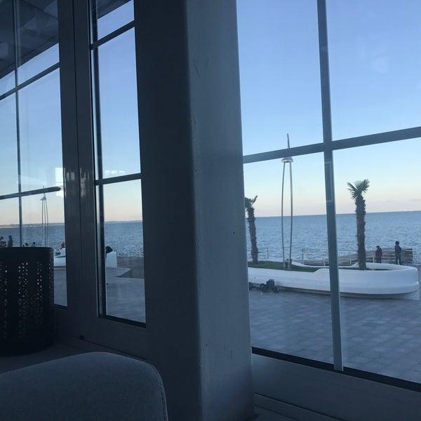 Снимок сделан в Terrace. Sea view пользователем Tatyana S. 5/25/2017