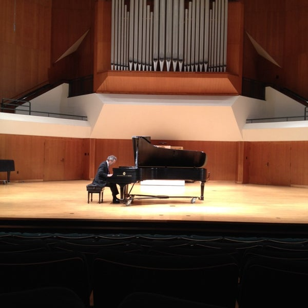 Photo taken at Catlett Music Center by Ahmad D. on 3/30/2014