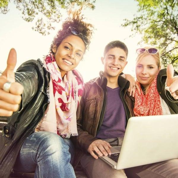 Besoin d'un emploi ?  http://emploisspecialises.com/ 1548 offres d'emploi dans 21 sites spécialisés au Québec!