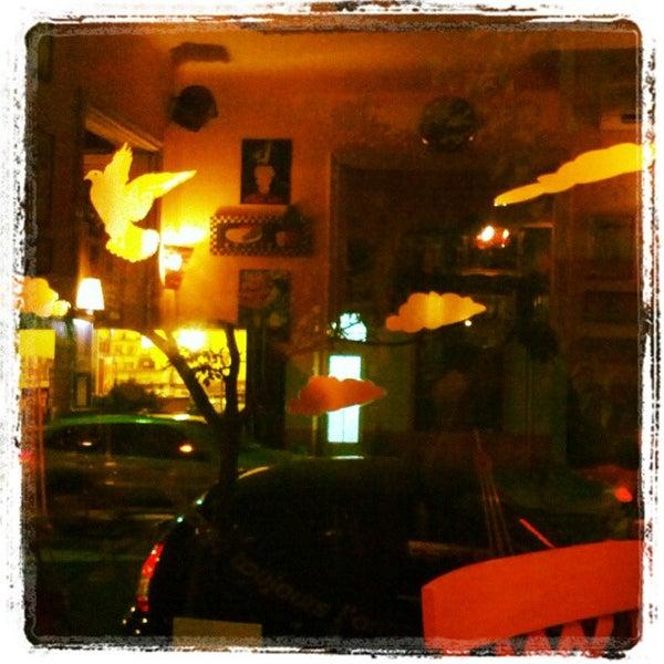 Foto tirada no(a) La Tartine Bistrot por Paula R. em 11/6/2012