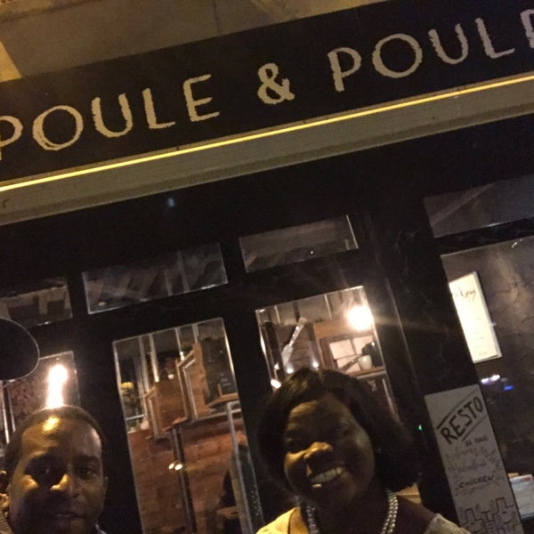 Photo prise au Poule & Poulette Resto par Chris S. le10/20/2016
