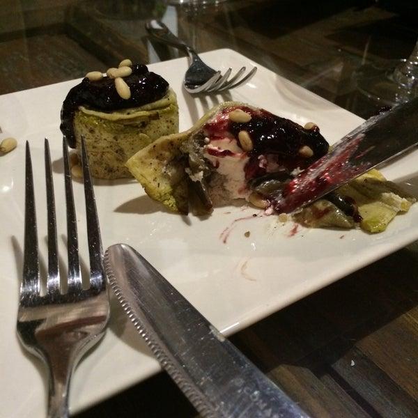 Foto tomada en Restaurante El Espejo por Juan Luis J. el 8/2/2014