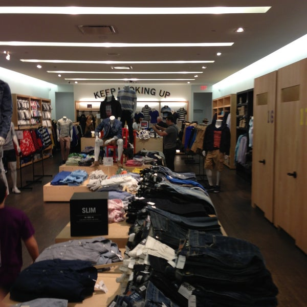 Photo taken at Gap by Joao Victor L. on 4/21/2013